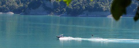 Wakeboard, wakesurf et ski nautique sur le lac de Monteynard !