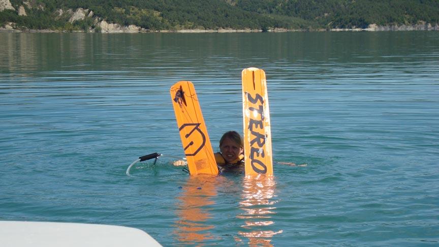 Découvrez le ski nautique avec Wakeiteasy sur le lac de Monteynard en Isère