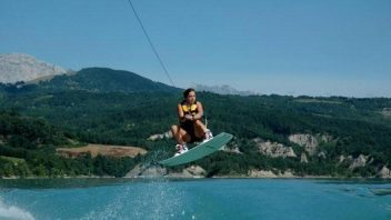 Wakeboard & Wakesurf & Wakeskate à Monteynard / Grenoble / Isère