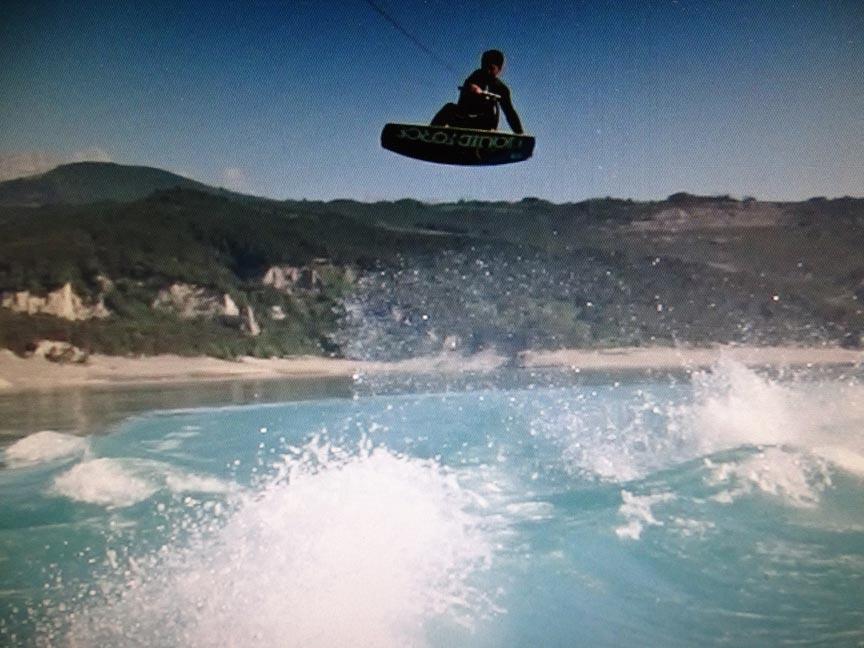 compétitions de wakeboard avec l'école Wake it easy
