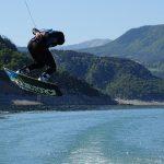 Compétition de wakeboard en Isère, sur le lac de Monteynard avec Wake it easy