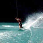 Sports de glisse sur le lac de Monteynard avec Wake it easy