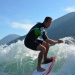 Cours de wake surf base nautique de Treffort avec Wake it easy