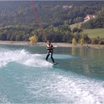 wakeboard-waksurf-enfants-ados-lac-monteynard-treffort-Grenoble